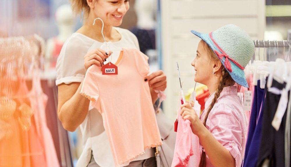 5 tips voor het kopen van kleding voor je dochter